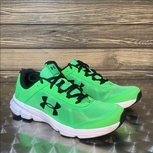 Boys Under Amour Rave 2 Sneakers